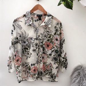 "Sheer floral ""about a girl"" blouse🌸"
